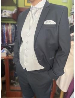 Esküvői slim fit fazonú öltöny szett-Világosszürke